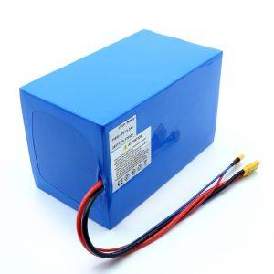 Litiumparisto 18650 48V 51,2AH 24v 30V 60V 15ah 20Ah 50Ah Li-ion-akut 18650 48V litium-ioni-akku sähköskootterille