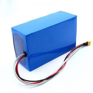 Ladattava litium 36V 10Ah Li -on 18650 Electric Skateboard Battery Pack