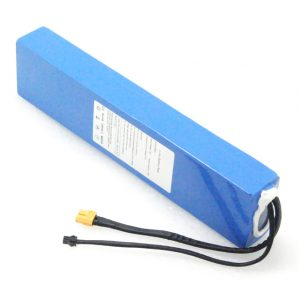 10S3P 36V / 3V 7,5Ah Syväpurkausakkuilla ladattavat litiumioniakut sähköpotkulaudalle