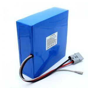 60 voltin 30Ah 50Ah litiumioniakku litiumakku sähköpotkulaudalle
